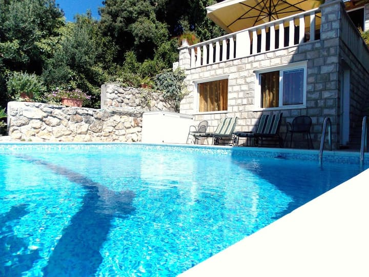 #BeautifulPoolHouse@GuestHouseVillaKlaić