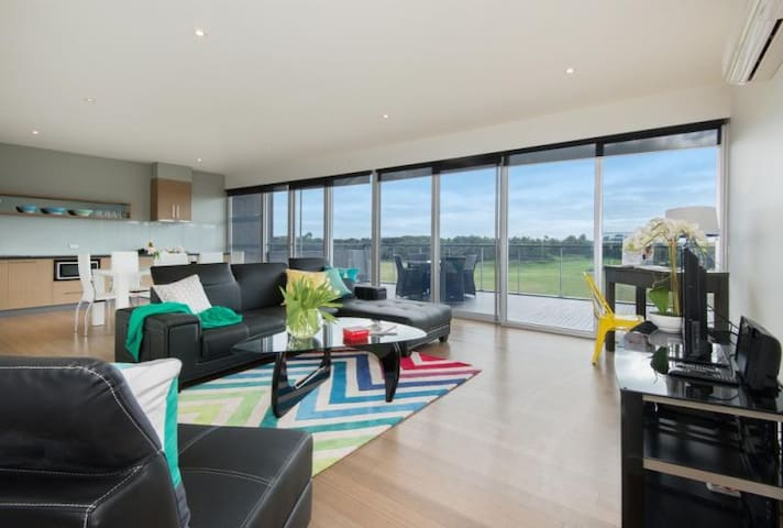 ST ANDREWS BEACH APARTMENT 8.03 - Fingal