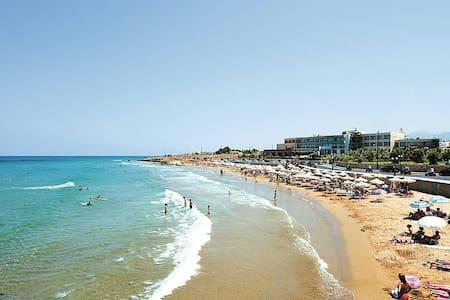 Sunny Crete - Gouves