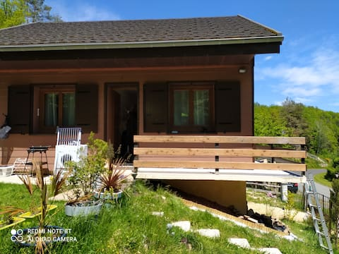 Nice fully equipped cottage near a lake