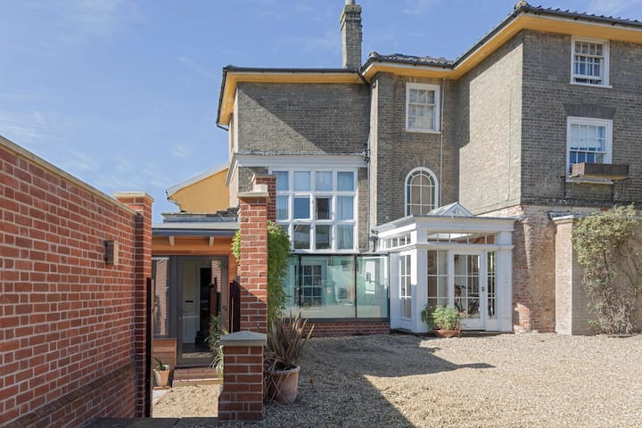 Charming Halesworth Georgian home - Halesworth