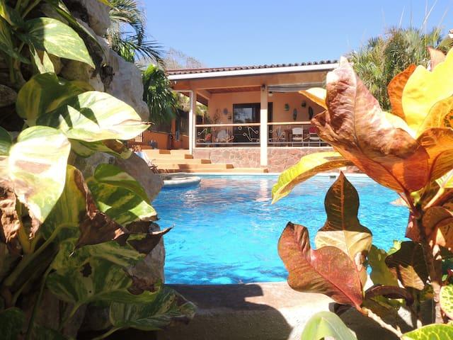 Condo Girasol - Family apartment - Villareal - Pis