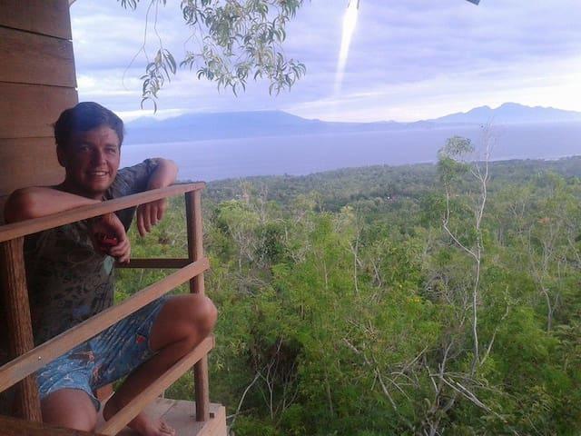 """rumah pohon Nusa Penida """" natural lovely """" - Nusapenida - Natur-Lodge"""
