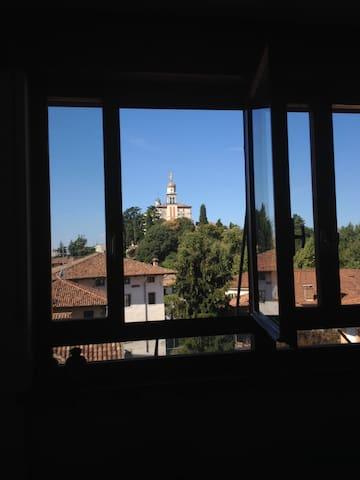 Attico vista Castello con caminetto - Udine