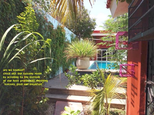 private casita, pool and breakfast! - Merida - Hus