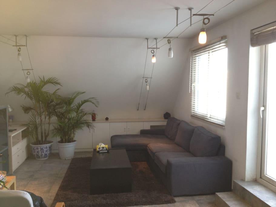 1/F living room
