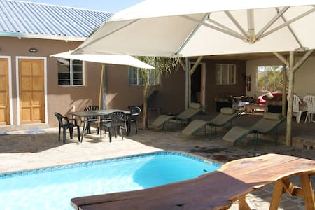 Daniel`s Guesthouse, Apartments und Zimmer - Windhoek