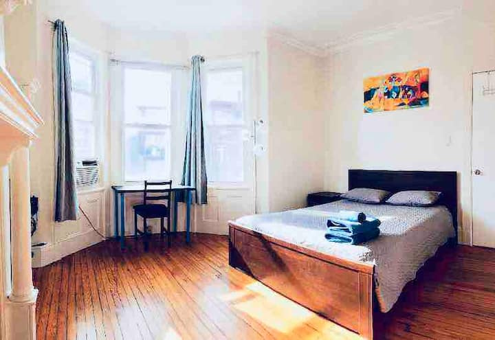 "20 ""A1"" Big room in Jersey City/Min to NYC/WIFI"