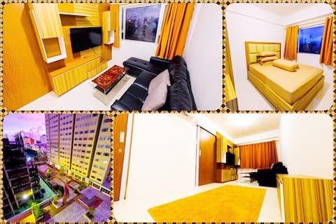 Qyandra House, @Royal Apartment 2BR w/ Pool view