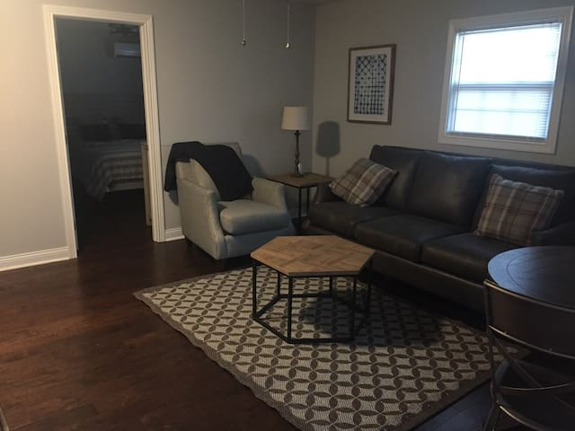 One Bedroom Apartment in Bowling Green