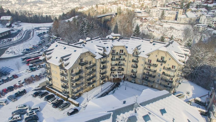 Enjoy being a short walk from the lively and exciting town centre of Saint Gervais.
