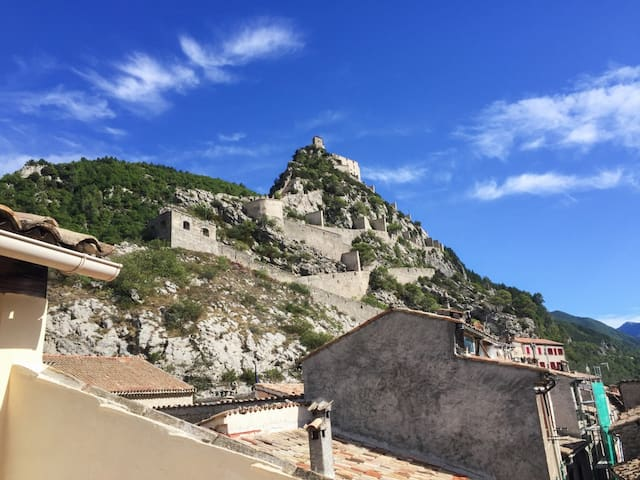 Cosy apartment in Entrevaux w/views - Entrevaux