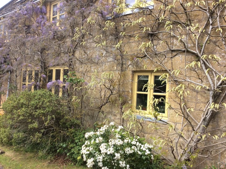One Guest Cotswolds Studio, ideal for cyclists