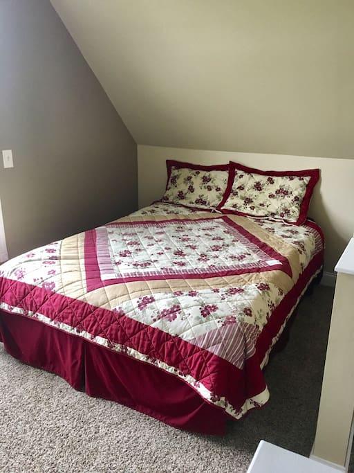 Upstairs Studio Queen Bed