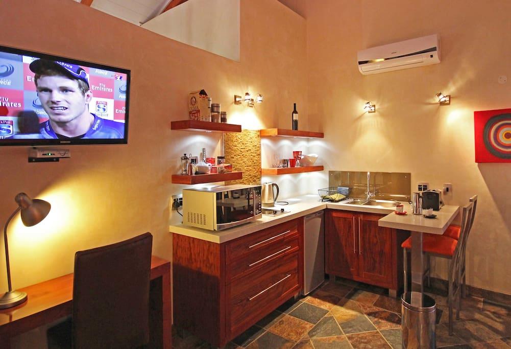 Apartment 4 kitchenette