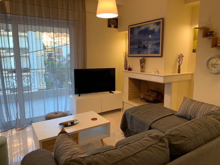 New luxury apartment in central suburb of Athens