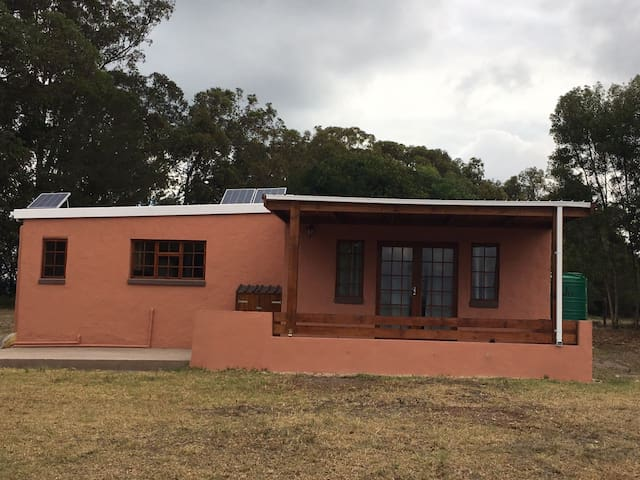 Private and Peaceful Farm Cottage - Sedgefield - Casa