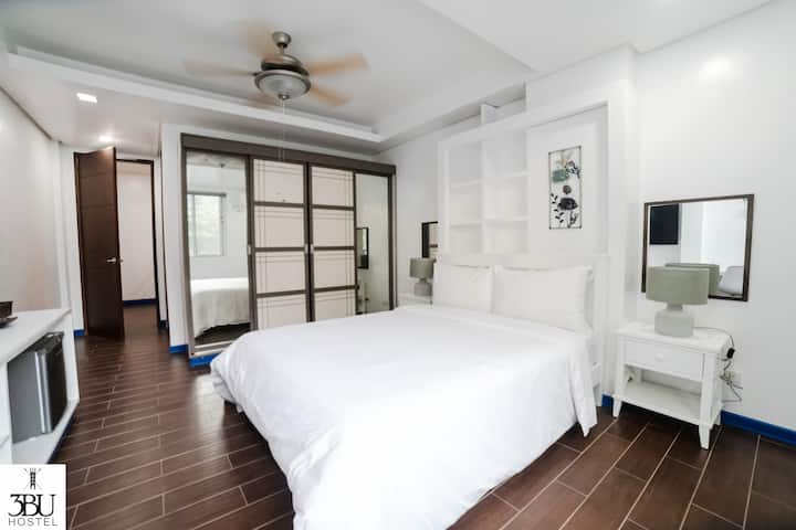 3BU Hostel La Union Deluxe Room with Pool