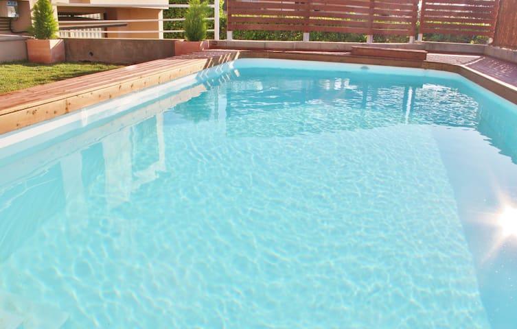 Bonita casa con piscina en Torroella de Montgrí