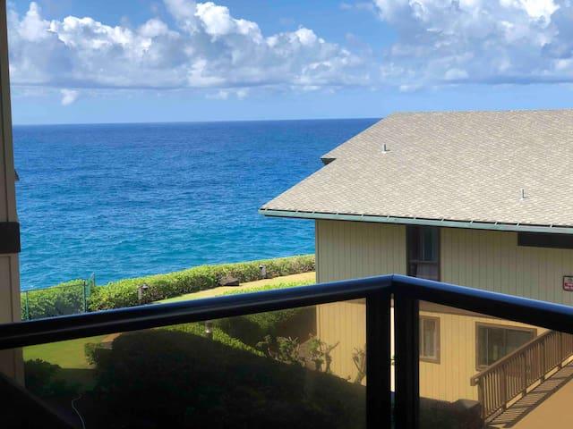NEW!! Poipu Poolside Paradise with Ocean views!