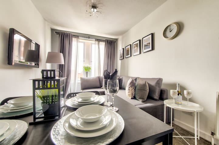 No.5 Serviced Apartment 2 Bedroom Fresh Glasgow