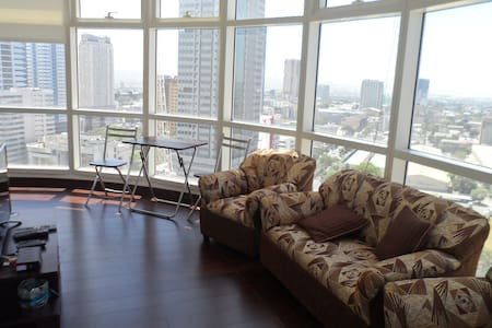 Condo unit with panoramic view