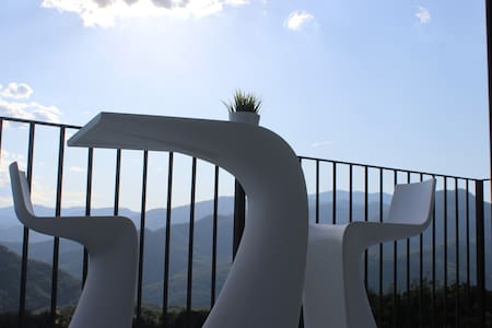 Casa La Esencia Loft ,San Lorien 20 min de Ainsa