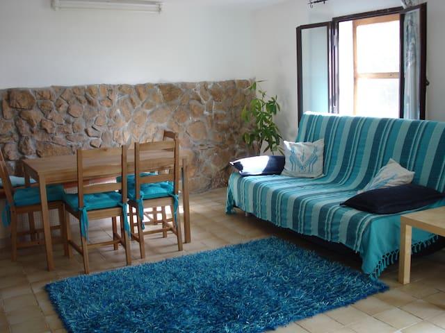 Bel Appartement 60mq à La Maddalena