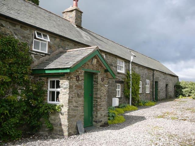 Cefn-y-Gadfa, Snowdonia - Conwy - Dom
