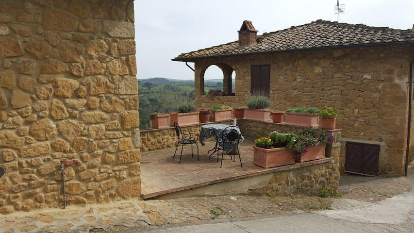Casina alta - Castelmuzio - Apartment