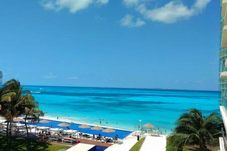 Incredible Beach Front Apartment Hotel Zone Cancun - カンクン - コンドミニアム