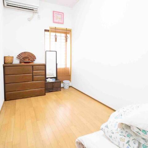 Osaka Nanaumi 七海   Women  Only   2-4 room(1人)