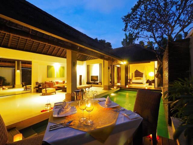 1-BR Nggalek Private Pool Villa w/Breakfast+WiFi