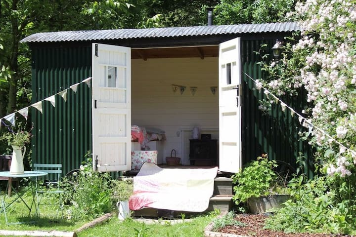 Shepherds hut dreamy hideaway