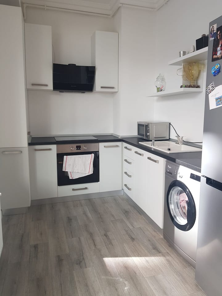 1 bedroom apartment , available for EC & UNTOLD