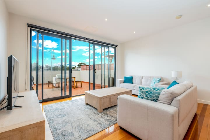 SUPREME POSITION in the heart of Inverloch