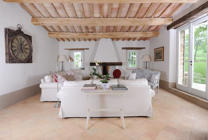 7 bedroom luxury villa in Le Marche - Apiro - House