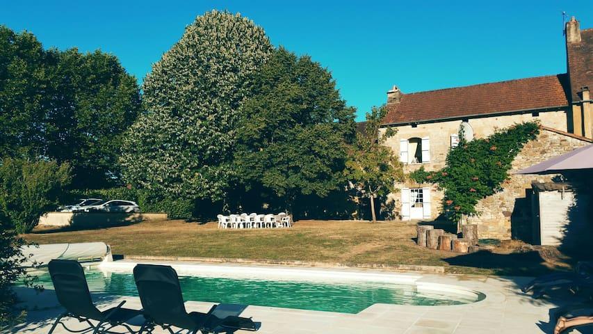 Villa familiale au cœur du Perigord - Saint-Laurent-la-Vallée - House