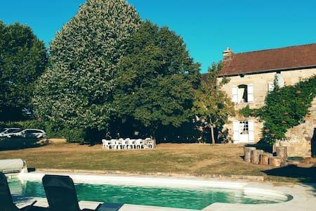 Villa familiale au cœur du Perigord - Saint-Laurent-la-Vallée