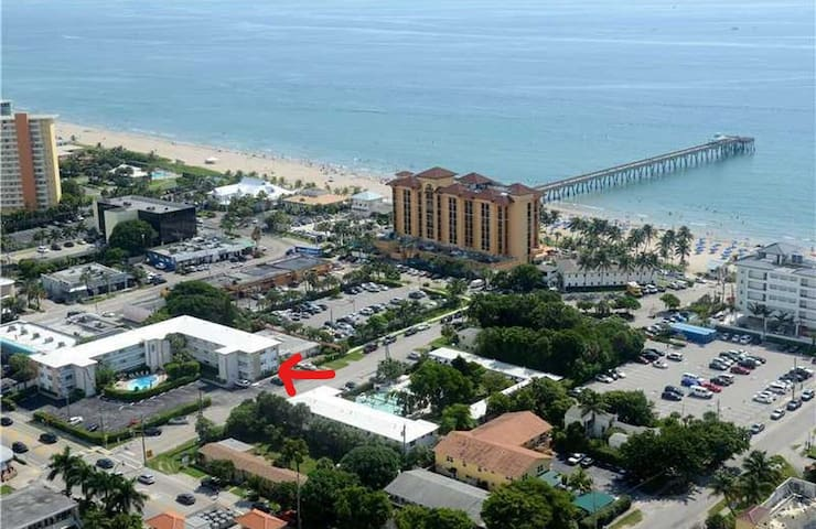 NEWLY RENOVATED  IN THE HEART OF DEERFIELD BEACH