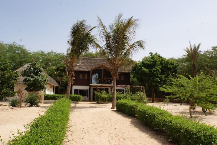 Bungalows de vacances à l'embouchure du Sénégal - Saint Louis - Bungaló