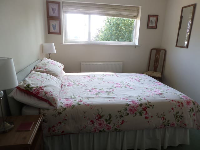 The Birches, Shrewsbury - double room, en-suite