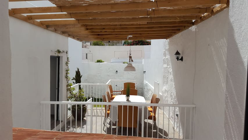 Alaior, stylish town house, garden, wifi  RE 1384