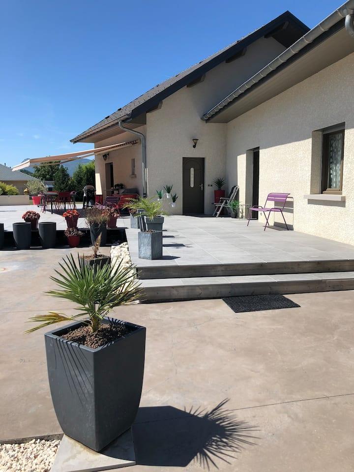 villa LA GRANGERIE . 2 chambres (famille)