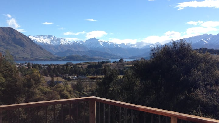 ✼Mount Gold Chalet~sunny, relax, beautiful views ✼