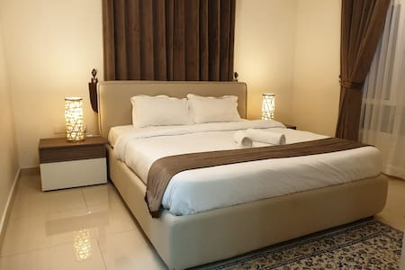 Premium| Luxury | Terrace Garden| Suite 5