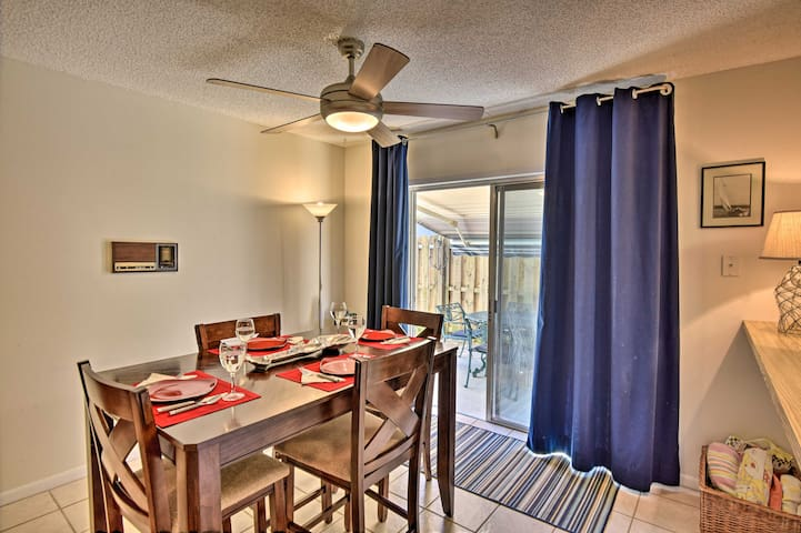 This 2-bedroom, 1.5-bath unit is ideal for 2 couples.