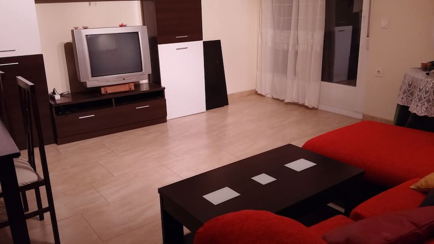 Piso con patio de uso exclusivo - Valdepeñas DO - Appartement