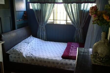 Semi-Private Vagabond/Gypsy Corner with Double bed