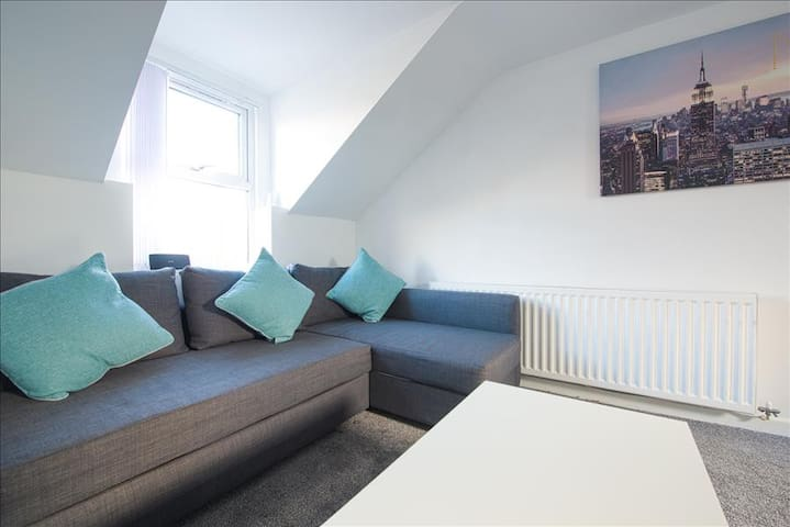 4 Crosshills Serviced Apartment - Kippax - Wohnung